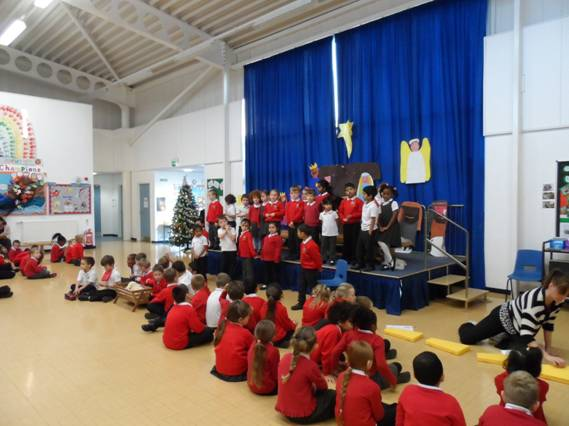 KS 1 rehearing their Christmas Nativity before the big afternoon in Church on December 12th 2013